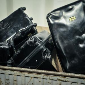 Crash-Baggage-2